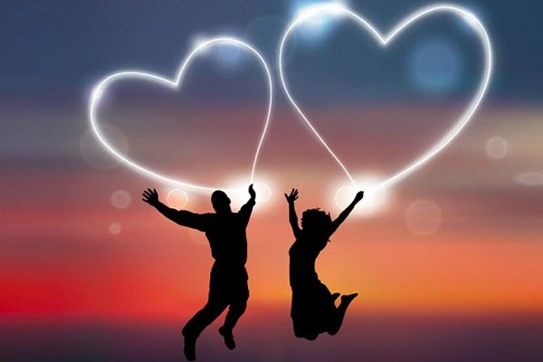 verliefd koppel met hartjes